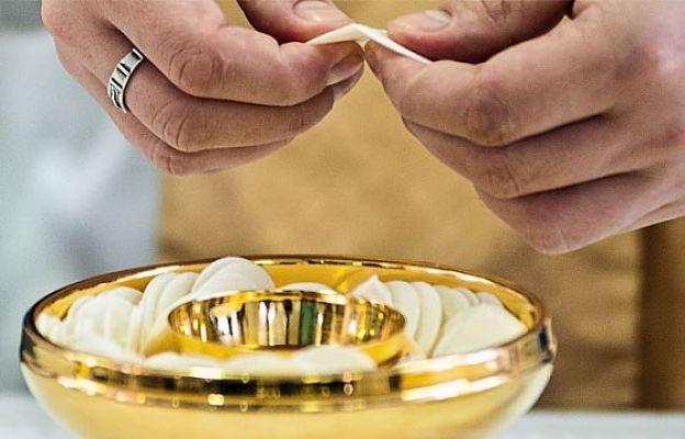 Kilka ważnych uwag na temat postu eucharystycznego