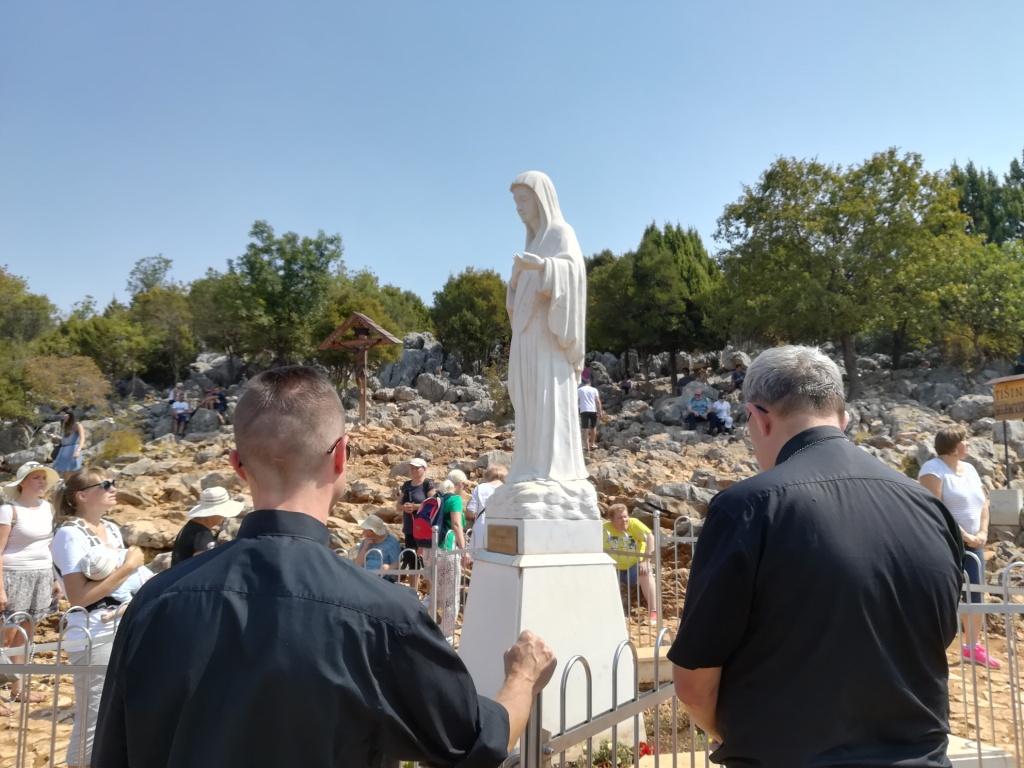 Abp Hoser: Medjugorje znakiem żywego Kościoła