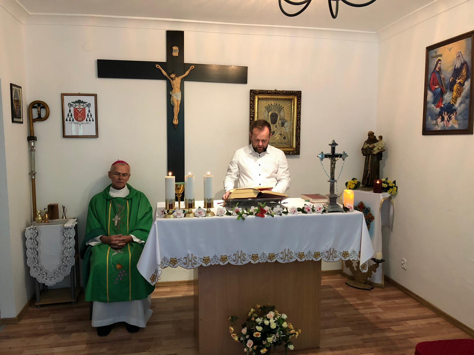 Msza święta w parafii warszawskiej (30.09.2018)