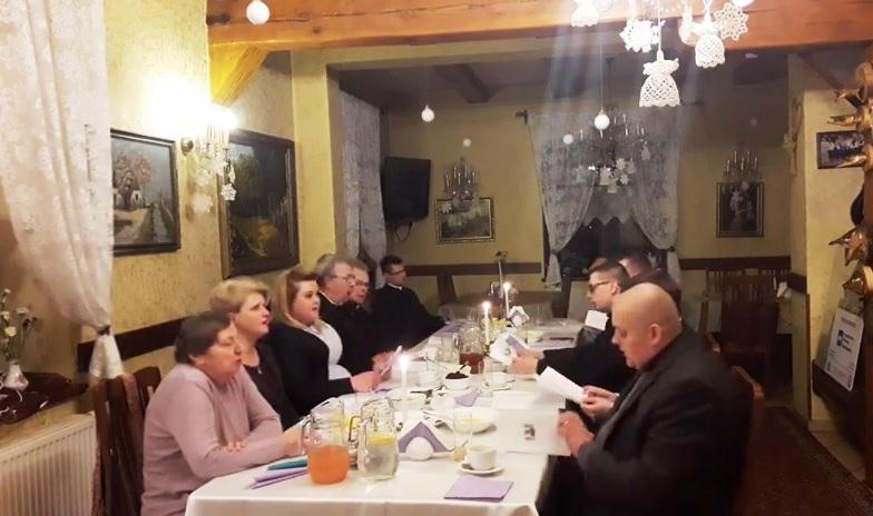 Wieczór kolędowy na zakończenie tradycyjnego czasu kolęd w Polsce