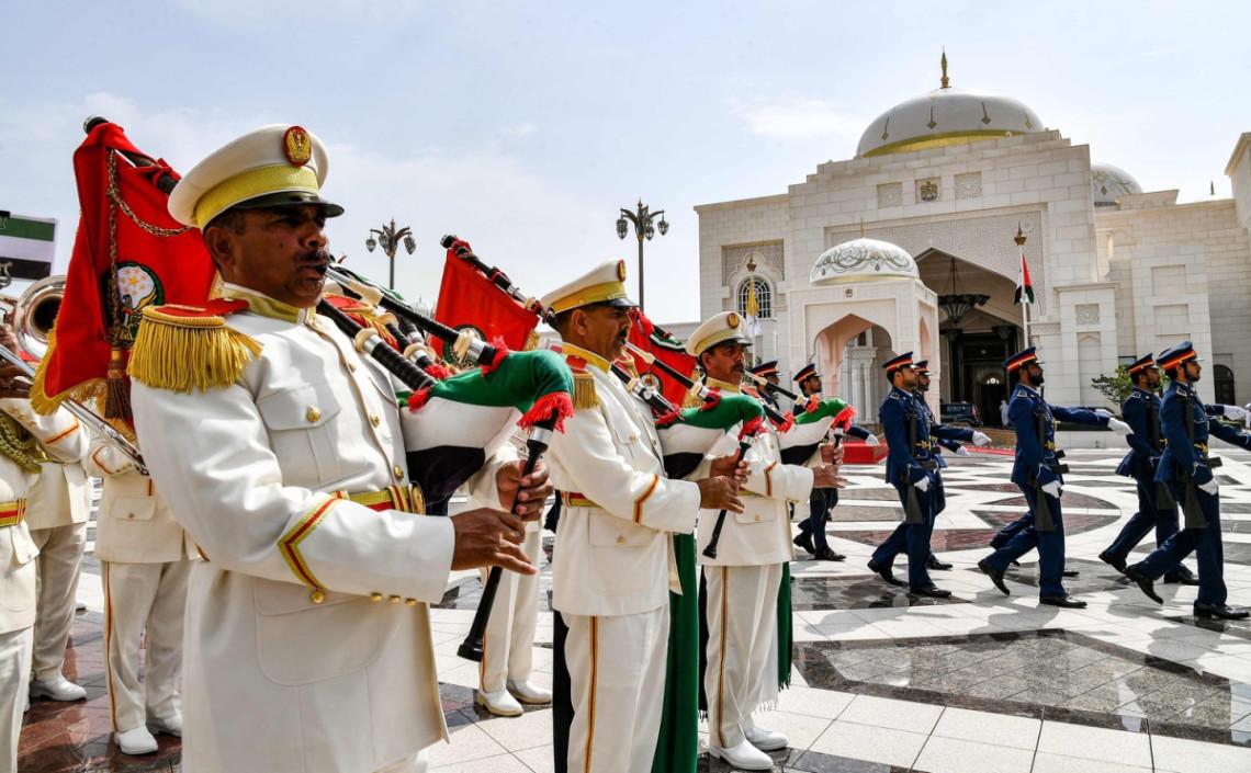Królewskie powitanie papieża Franciszka w Zjednoczonych Emiratach Arabskich
