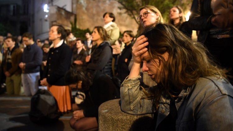 Dramat Notre Dame ukazał duszę Francji