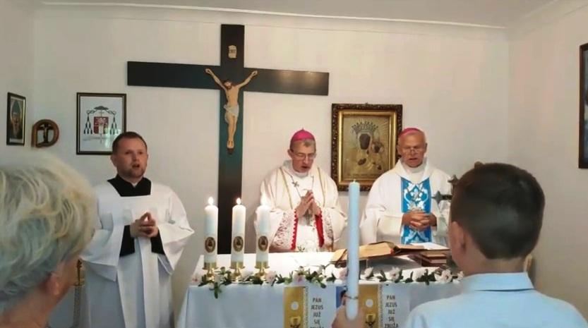 Uroczysta Msza święta w niedzielę Trójcy Przenajświętszej z parafii w Warszawie - 16 czerwca 2019