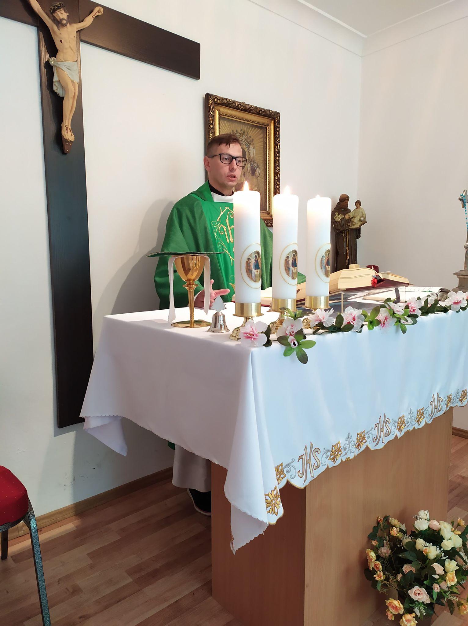 Msza święta prymicyjna w kaplicy parafii Warszawa