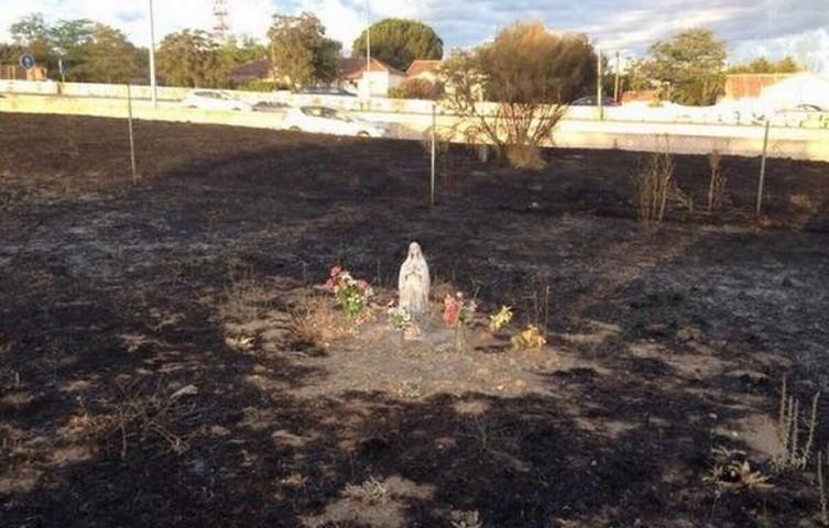 Niezwykły cud w Hiszpanii. Pożar spalił wszystko, oprócz figurki Matki Bożej z Lourdes