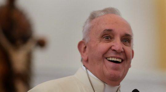 Ojciec Święty Franciszek wskazuje na Maryję w pozdrowieniach do Polaków