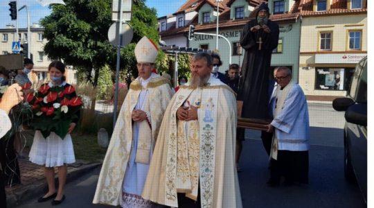 Rocznica przywitania figury i relikwii świętego Charbela na ziemi Polskiej